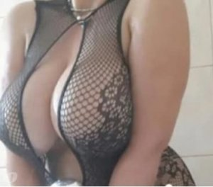 Daenerys amateur live escort in Redhill, UK